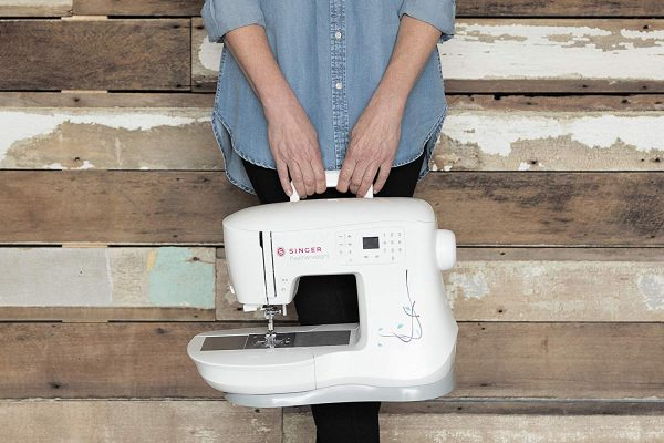 SINGER Featherweight C240 Handy Sewing Machine Review