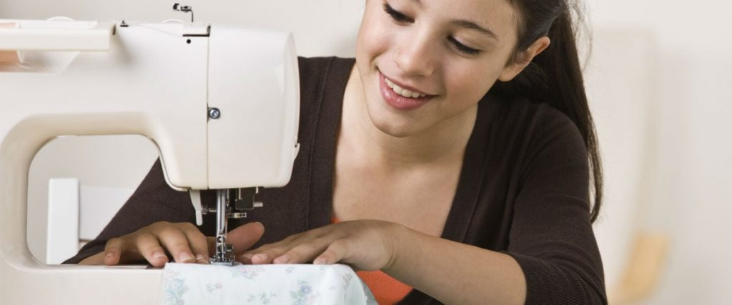 Best Sewing Machines For Teenagers